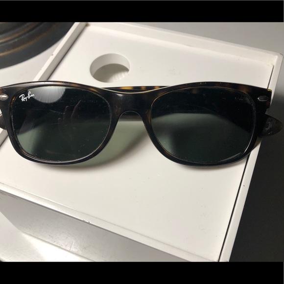 Authentic Ray bans 2140 tortoise sunglasses
